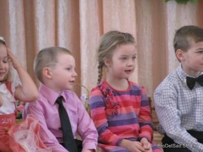 Дети в детском саду. Жизнь группы № 8 Радуга