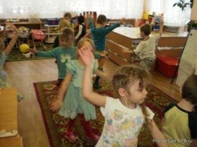 Что должен знать и уметь ребёнок к 4 году жизни