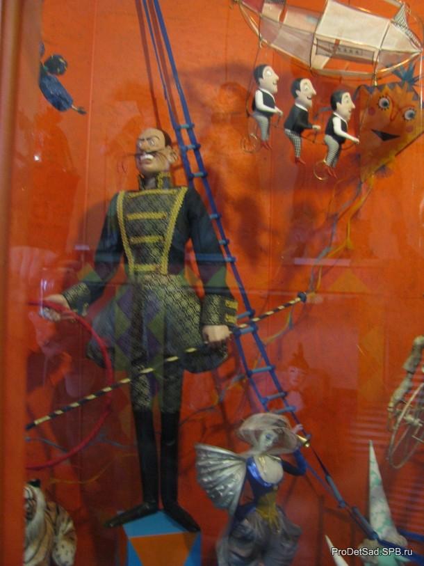 цирк в музее кукол