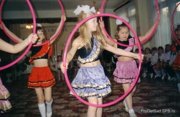 танец с обручами