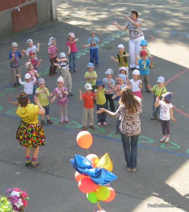 танцы летом в детском саду