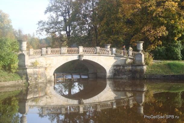 мост и вазы Павловск