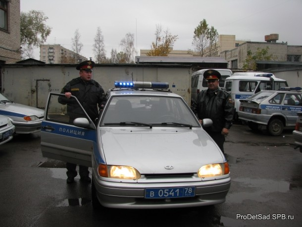 полицейский сигнал автомобиля