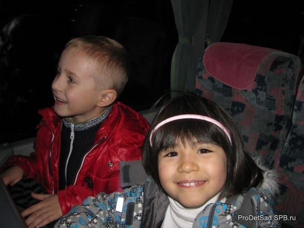 дети в автобусе 2