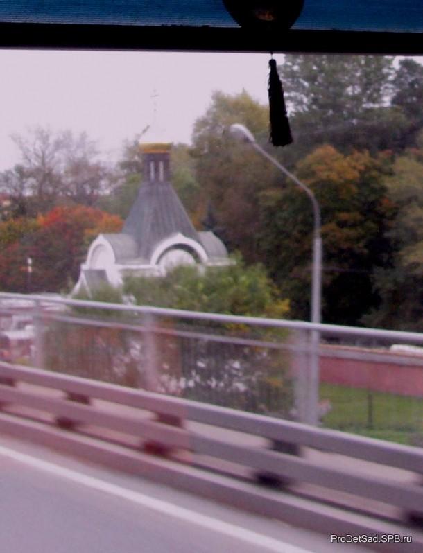 Храм на подъезде к Автово