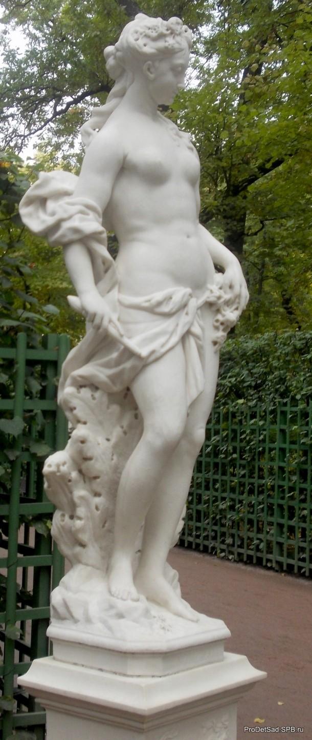 скульптура Аврора в Летнем саду